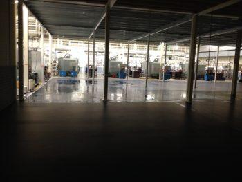 cleanroom esd gietvloer in bedrijfshal