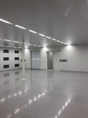 cleanroom rechthoekige ruimte zonder obstakels ISO5