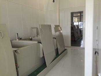 cleanroom ultrasoon reinigen, opbouw grote reinigingsstraat